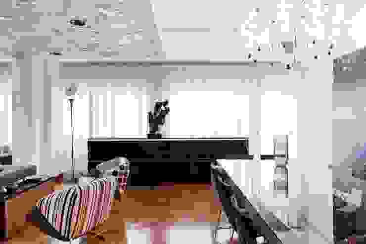 Residenza Eur Case moderne di Studio Cappellanti Moderno