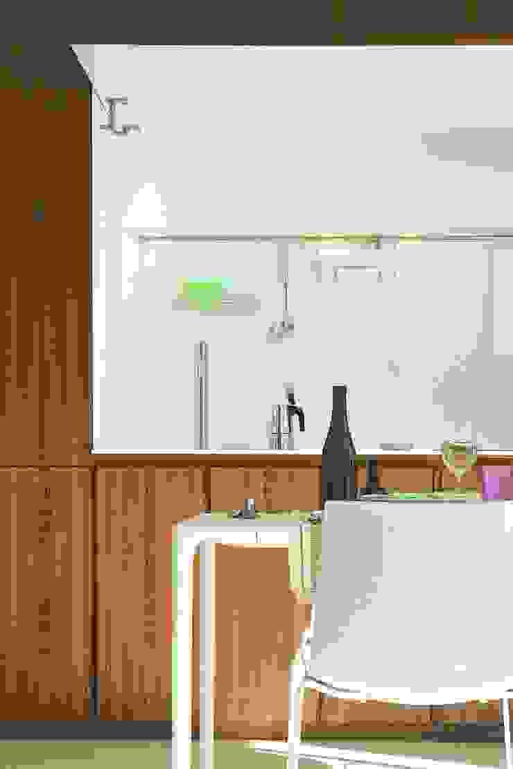 Casa BT.BM Cucina moderna di Angeli - Brucoli Architetti Moderno