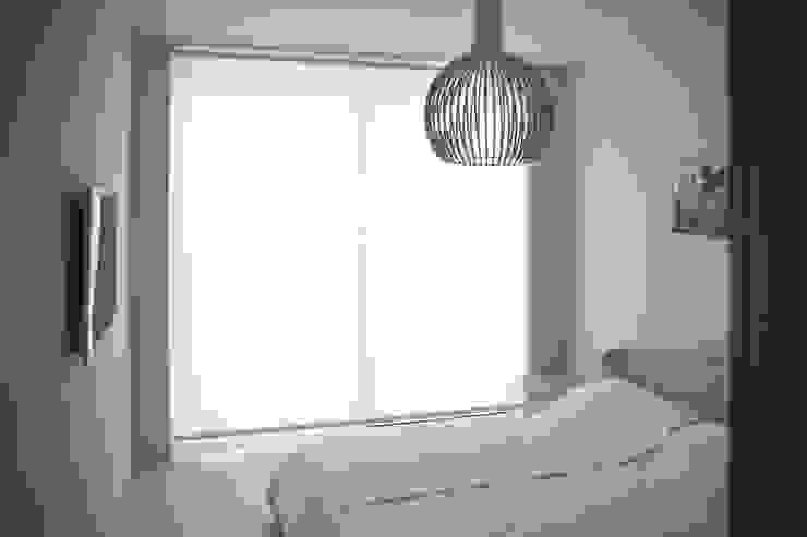 Casa BT.BM Camera da letto moderna di Angeli - Brucoli Architetti Moderno