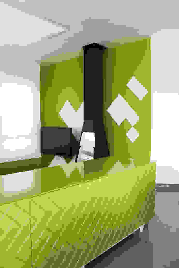 Estar-comedor Verde Chocolate Comedores de estilo moderno de ALBERT SALVIA dissenyador d'interiors Moderno