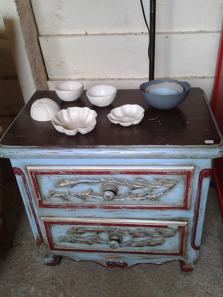 Atmospherabcn BedroomBedside tables
