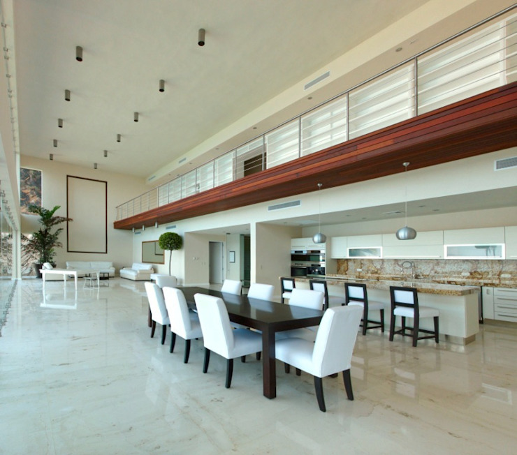arqflores / architect Ruang Makan Modern