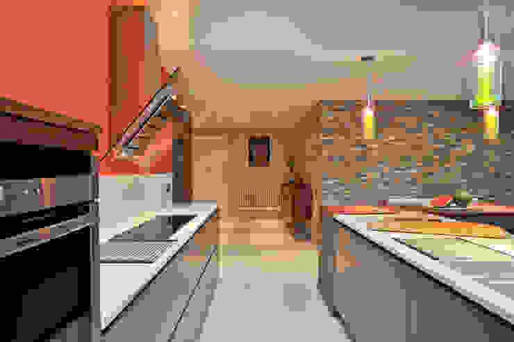 MR & MRS BENNETT'S KITCHEN Modern Kitchen by Diane Berry Kitchens Modern