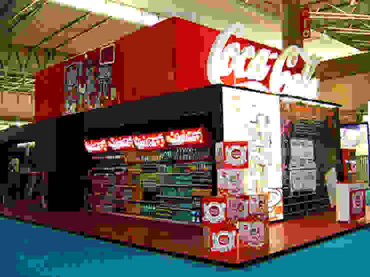 Coca cola Diseño de ferias de estilo moderno de Mariona Soler Moderno