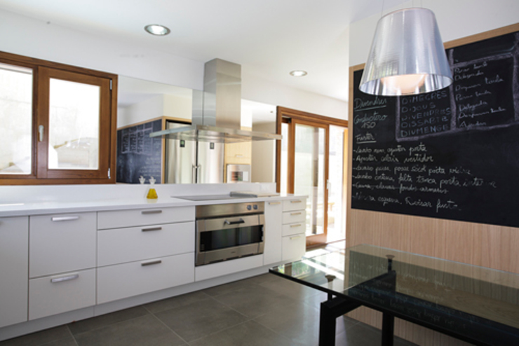 Can Sureda Casas de estilo moderno de Mariona Soler Moderno