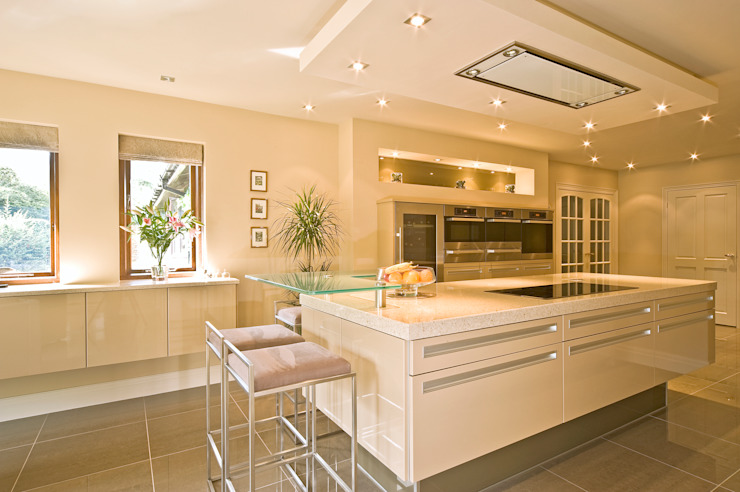 MR & MRS TAYLOR'S KITCHEN Cocinas de estilo moderno de Diane Berry Kitchens Moderno