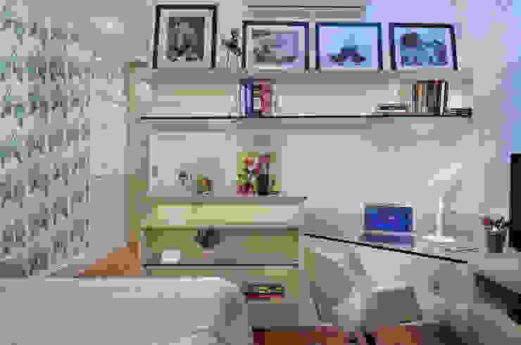 PROJETO IDENTIDADE BRASILEIRA – LIVING – SUÍTE DA MOÇA Quartos modernos por Adriana Scartaris: Design e Interiores em São Paulo Moderno