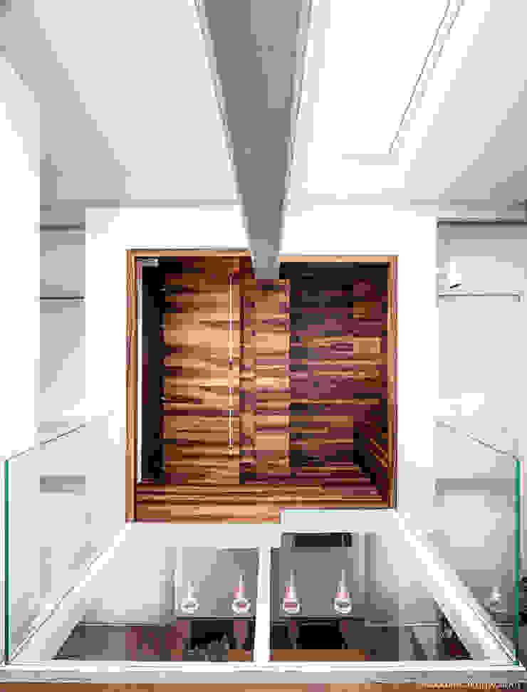 A05 di CRISTIANO LOBERTI ARCHITETTO Moderno