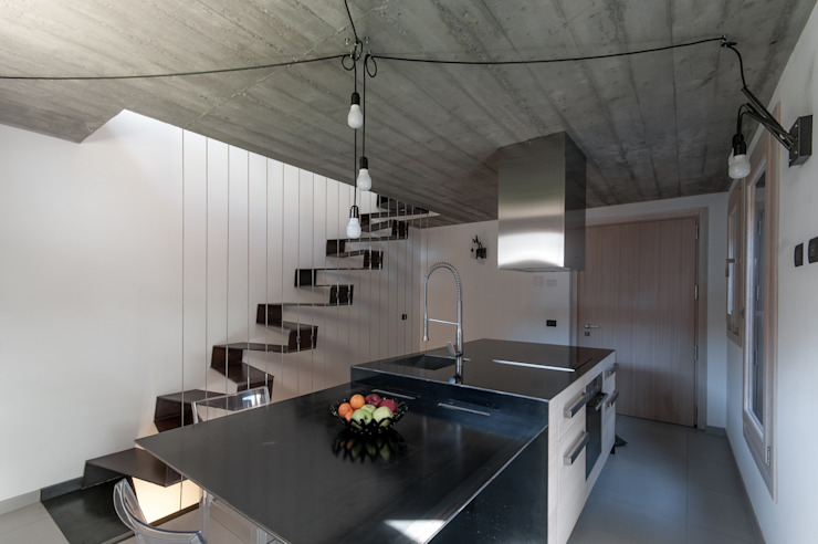 BEARprogetti - Architetto Enrico Bellotti Minimalistyczne domy