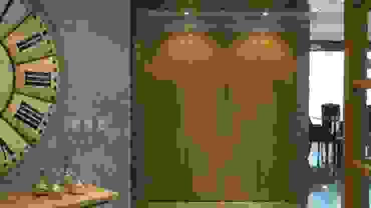 ESS 11 Pasillos, vestíbulos y escaleras rústicos de NIVEL TRES ARQUITECTURA Rústico