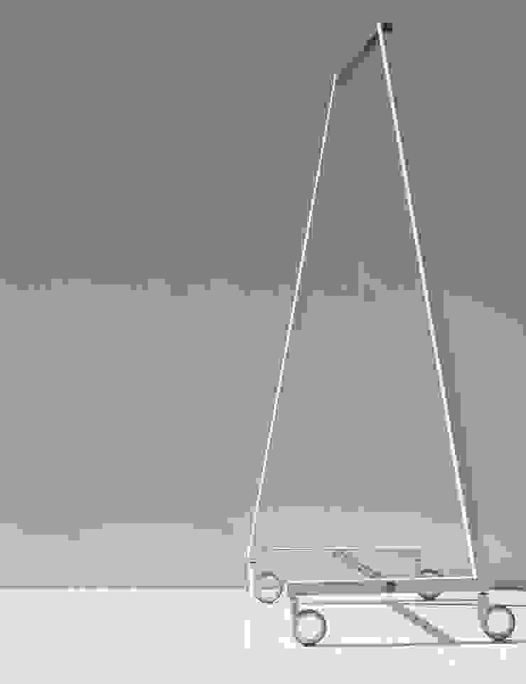SUNCHARIOT 2, appendiabiti reggi grucce di Insilvis Divergent Thinking Minimalista