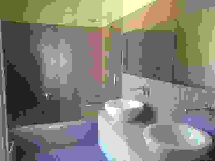 Bagno in mosaico di Beatrice Arillotta Architetto