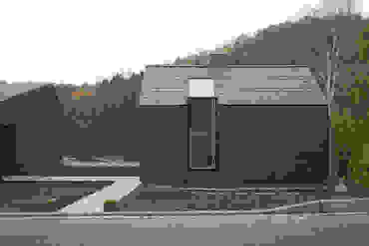 Salones modernos de F29 ARCHITEKTEN GMBH Moderno