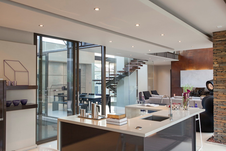 Дома в . Автор – Nico Van Der Meulen Architects ,