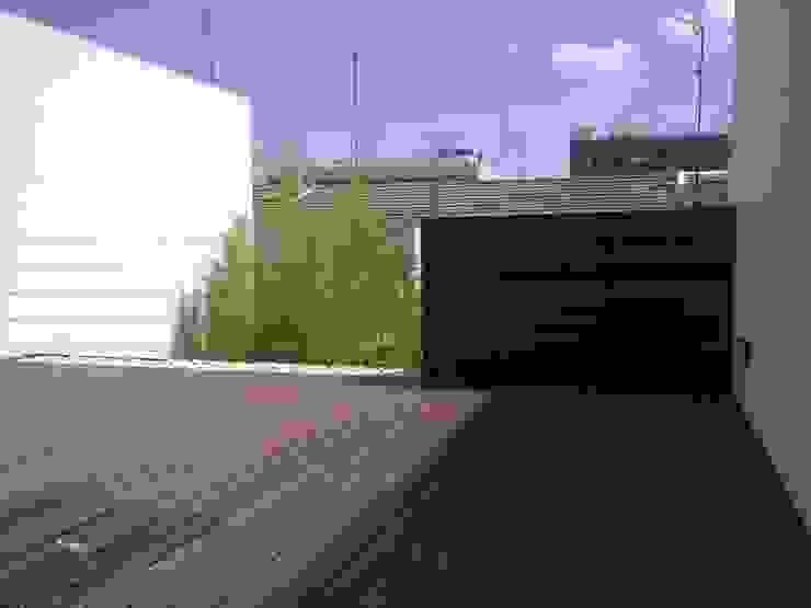 NUÑO ARQUITECTURA Patios & Decks Wood Wood effect