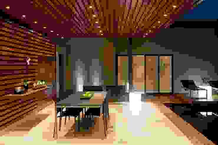 House Abo Modern houses by Nico Van Der Meulen Architects Modern