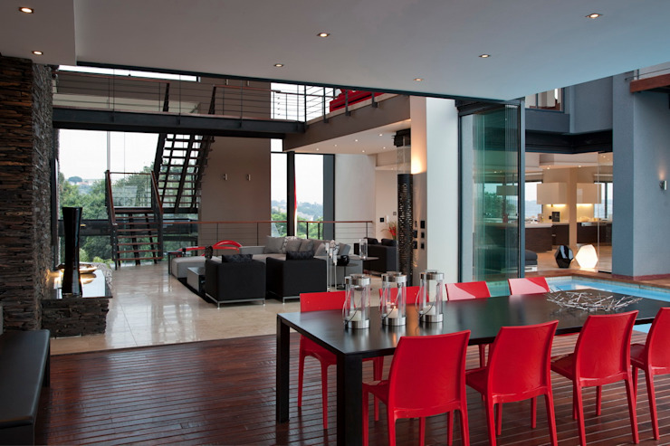 House Lam Modern dining room by Nico Van Der Meulen Architects Modern