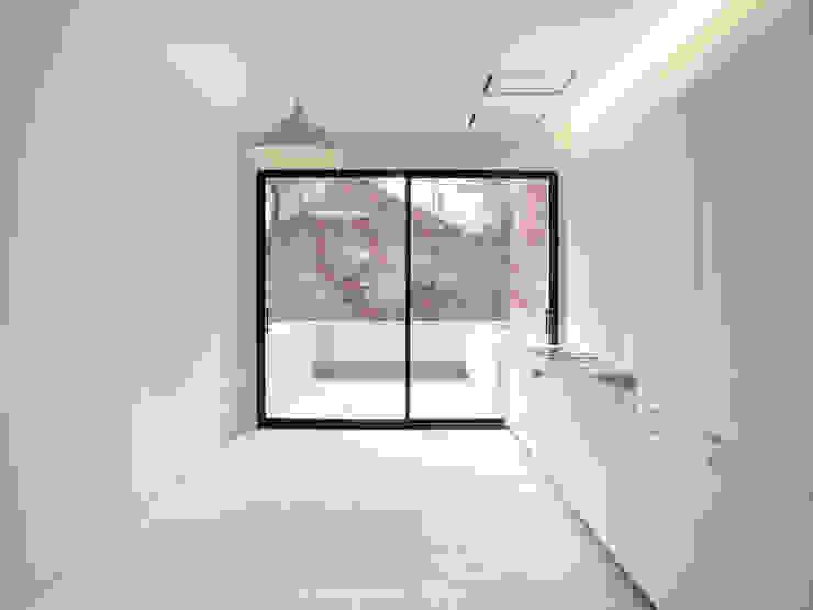 モダンな キッチン の Schneider Colao design モダン