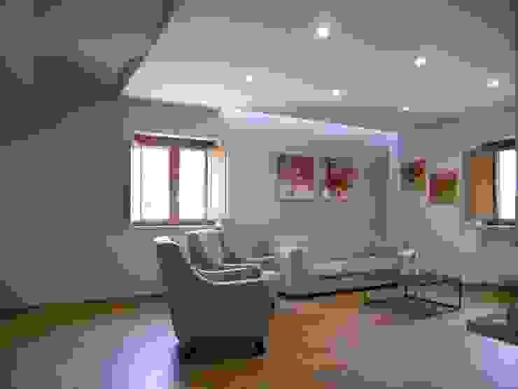 Rumah Klasik Oleh DOMENICO SUCCURRO ARCHITETTO Klasik