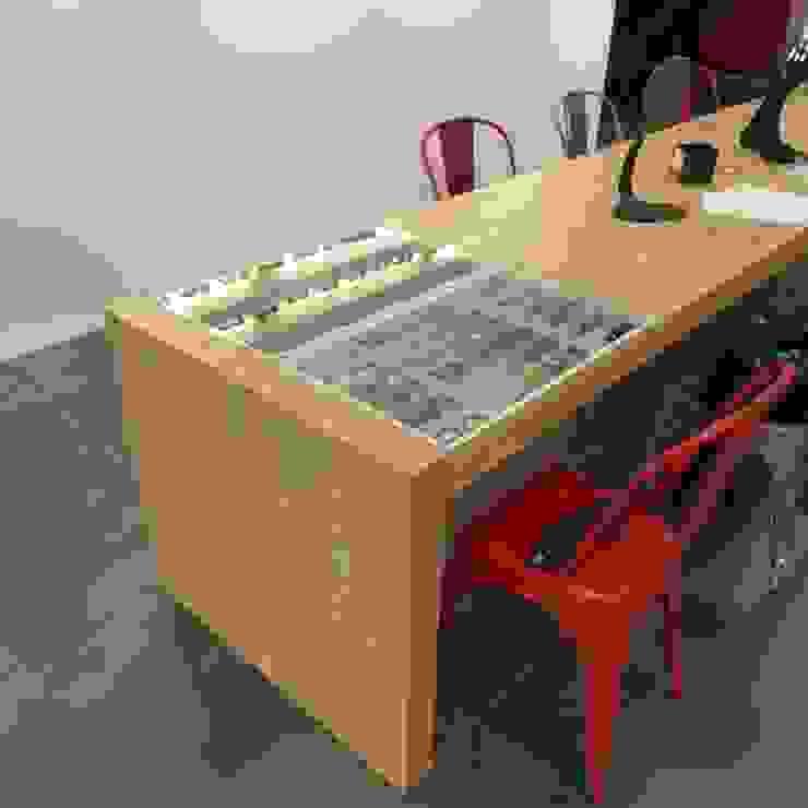 Table de vente Espaces commerciaux industriels par alain rouschmeyer architecture Industriel