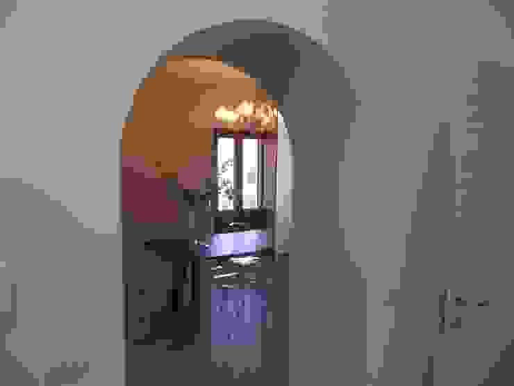 Casa L_F Case classiche di DOMENICO SUCCURRO ARCHITETTO Classico