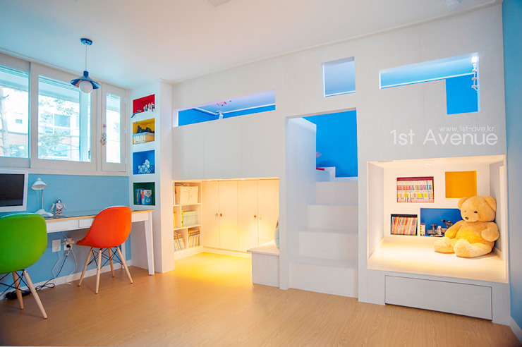 Nursery/kid's room by 퍼스트애비뉴, Modern