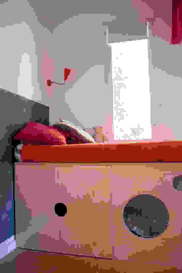 dormitorio Dormitorios infantiles de estilo moderno de PARRAMON + TAHULL arquitectes Moderno