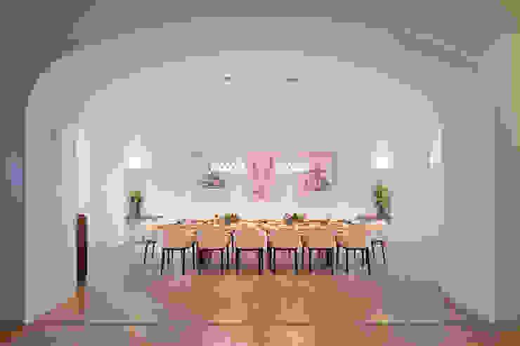 โดย Brückner Architekten GmbH