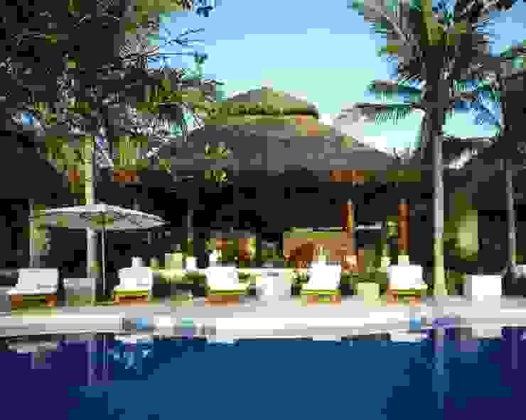 Terraza. Casa Calandrias. BR Arquitectos Hoteles de estilo tropical de BR ARQUITECTOS Tropical