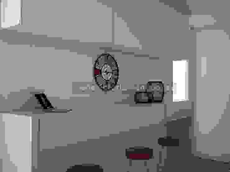 Reforma de cocina Cocinas de estilo moderno de MUMARQ ARQUITECTURA E INTERIORISMO Moderno