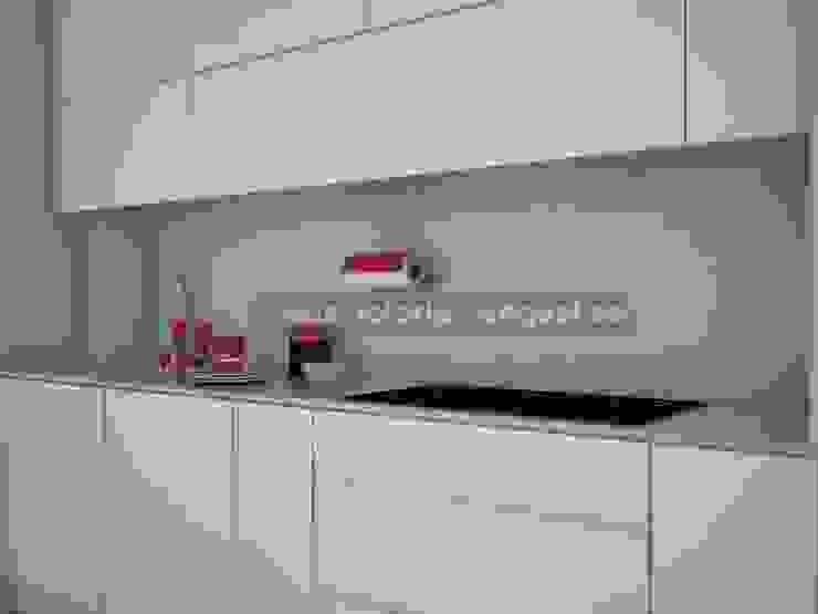 Lineal de cocina Cocinas de estilo moderno de MUMARQ ARQUITECTURA E INTERIORISMO Moderno