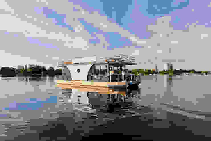 ビーチハウス・クルーザー の Nautilus Hausboote GmbH