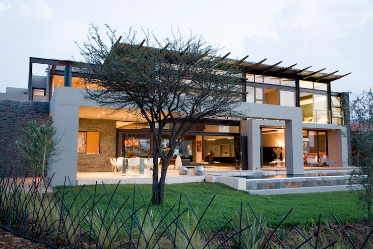 House Serengeti Modern houses by Nico Van Der Meulen Architects Modern
