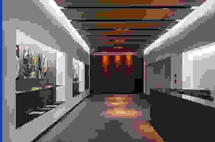 de 株式会社古田建築設計事務所 Moderno