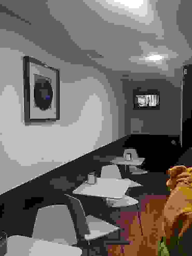 Taberna Vasca Casas de estilo moderno de Pinturas Faro Moderno