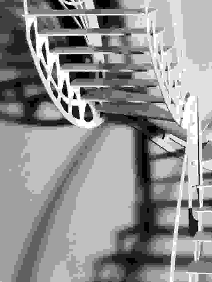 Escalier design papillon par La Stylique Éclectique