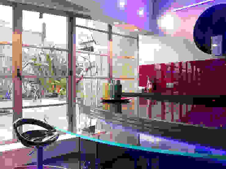 Luxury Penthouse London Modern kitchen by Quirke McNamara Modern