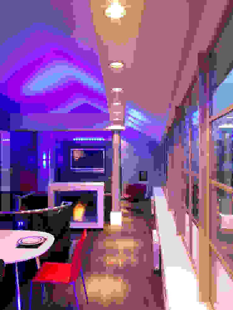 Luxury Penthouse London Modern living room by Quirke McNamara Modern
