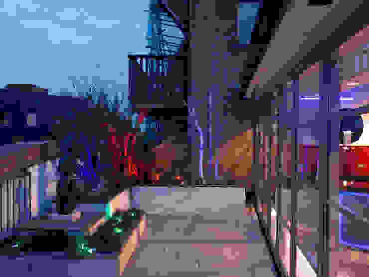 Luxury Penthouse London Modern garden by Quirke McNamara Modern