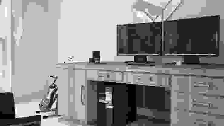 View_03_Closer to the Desk Camera da letto minimalista di V Multimedia Minimalista