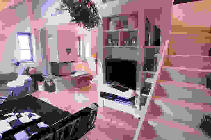 Hành lang, sảnh & cầu thang phong cách Bắc Âu bởi Architetto Beltrame Claudio Bắc Âu