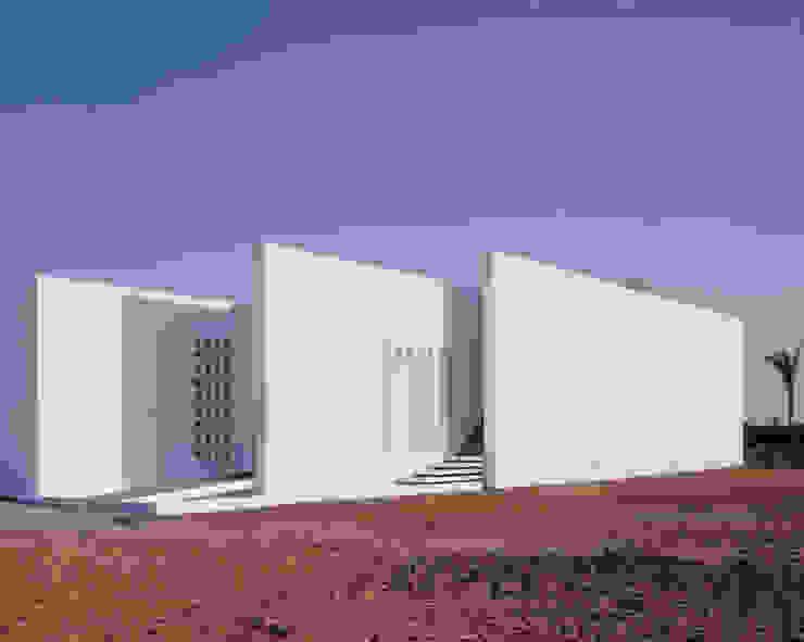 Maison FOBE Maisons minimalistes par Guilhem EUSTACHE Architecte DESA Minimaliste