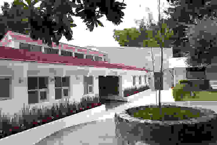 Fachada Existente Recuperada de Arquitectonica P+E Moderno