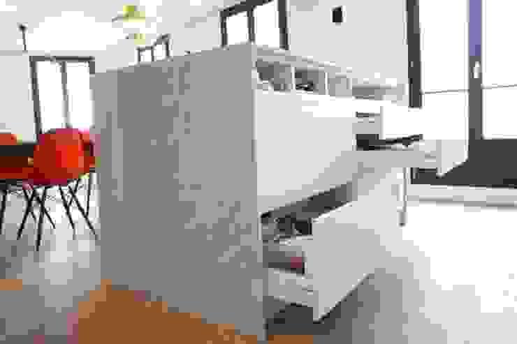 îlot de cuisine en marbre Maisons modernes par Galaktik Moderne