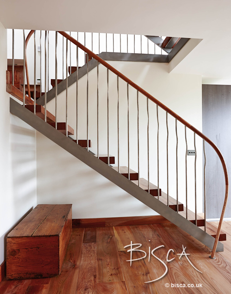 Elm Staircase ref 3601 by Bisca Staircases