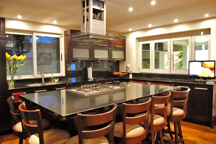 Cocinas de estilo moderno de CORTéS Arquitectos Moderno