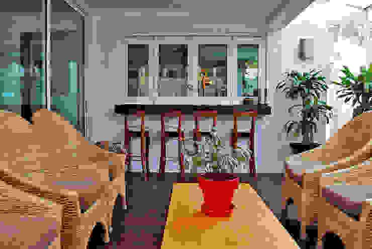 Terrasse de style  par CORTéS Arquitectos
