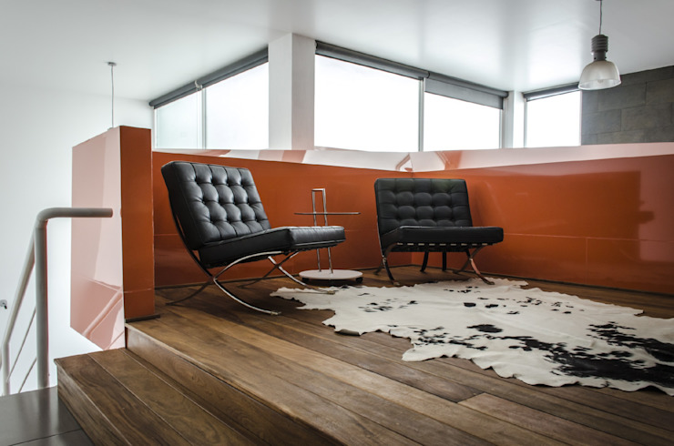 CASA C+G Pasillos, vestíbulos y escaleras modernos de PLASTIK ARQUITECTOS Moderno