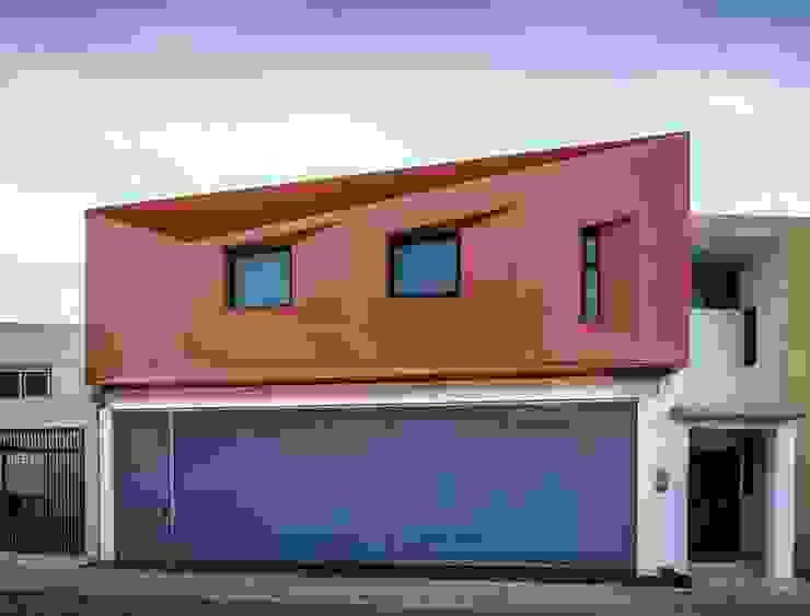 CASA C+G Casas modernas de PLASTIK ARQUITECTOS Moderno