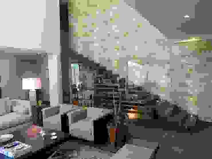 Cave à vin moderne par Marmoles ARCA Moderne